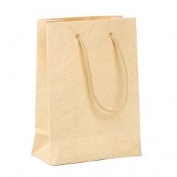 Bolsa de papel en color crema con asas