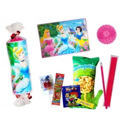 Salvamantel princesas 3D con golosinas y balón de pinchos