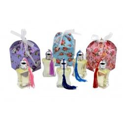 Pack con perfume de vainilla, en bote de cristal, y caja de flores