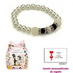 Pulsera de perlas blancas con brillantes, abalorios y piedras negras