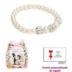 Pulsera de perlas blancas nacarada con 3 piedras con brillantes