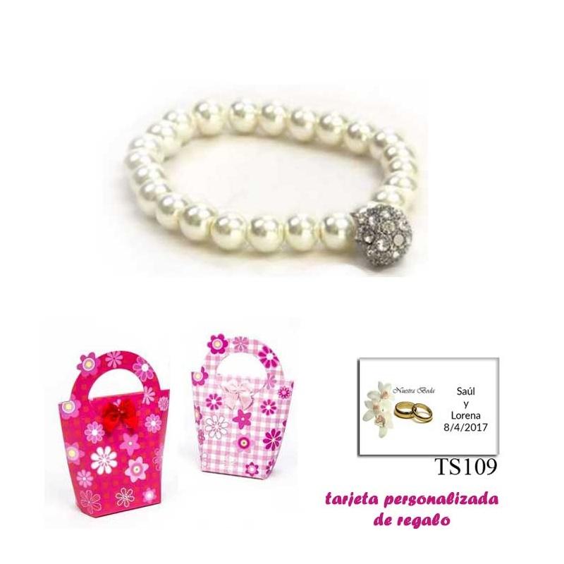 Pulsera de perlas blancas con una bola de brillantes