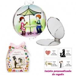 Espejo con sombrilla y niños, con caja de flores y dibujo de novios, y tarjeta personalizada