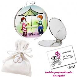 Espejo con sombrilla y niños, con bolsita blanca elegante con alianzas bordadas, y tarjeta personalizada