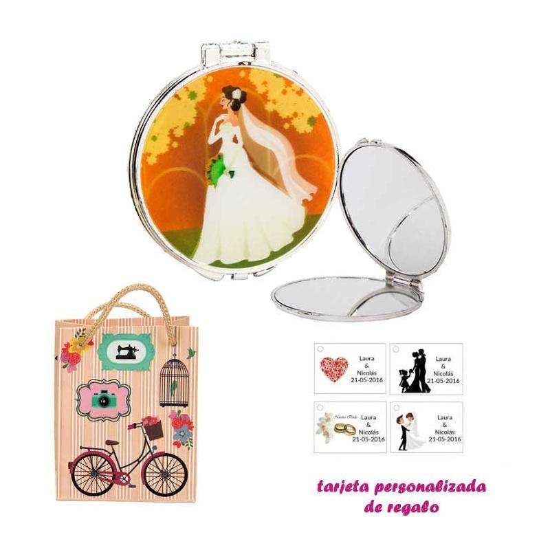Espejo con una elegante novia con velo, con dibujos decorativos y con bicicleta, y tarjeta personalizada