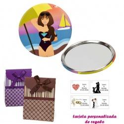 Espejo de Chapa con chica en la Playa, con caja de rayas con lazo y tarjeta personalizada