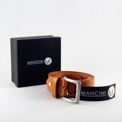 Cinturón para hombre en polipiel color miel, con elegante caja negra