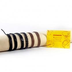 Pulseras artesanas surtidas de piel hechas en Ubrique