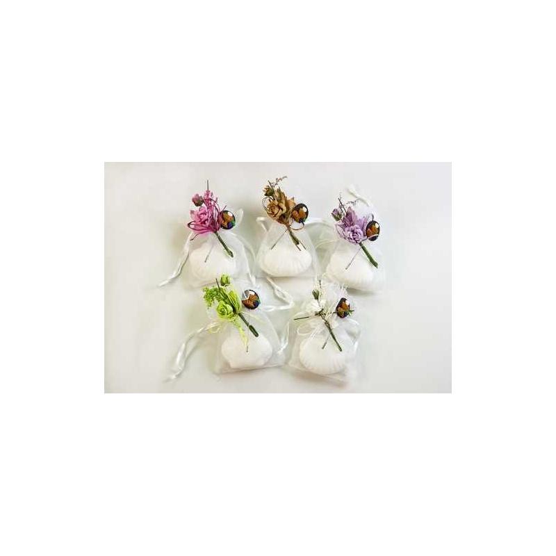 jabon concha y alfiler  decorados